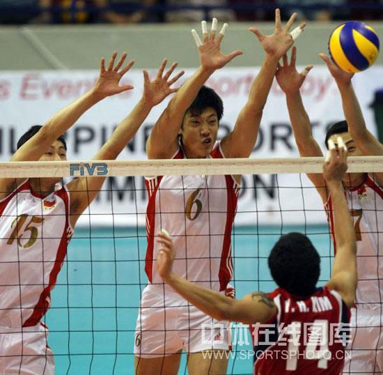 中国队三人拦网