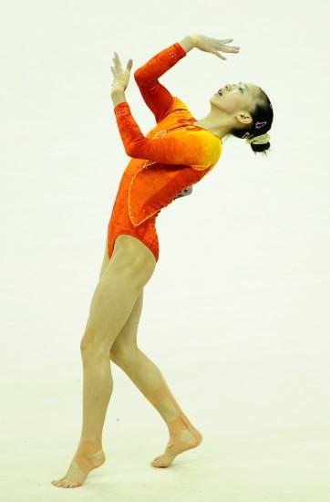 图文-体操世锦赛女子项目赛况杨伊琳表现力强
