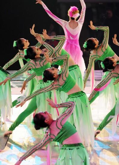 图文-第十一届全国运动会闭幕式荷花仙子舞蹈