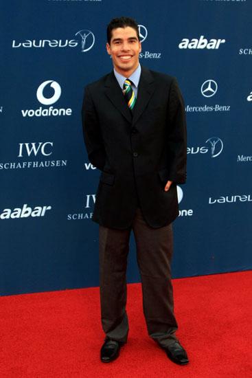 图文-劳伦斯颁奖典礼红地毯走秀巴西泳将迪亚斯