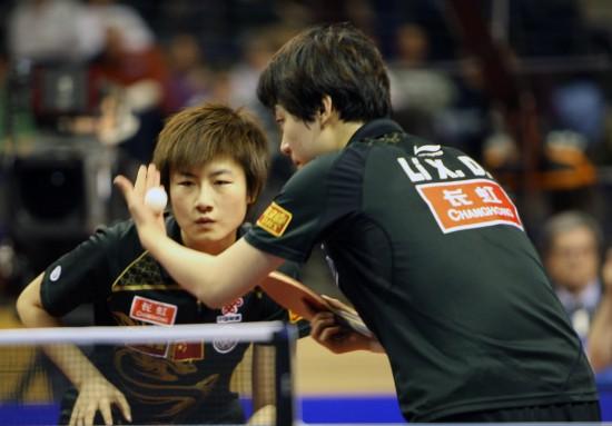 图文-德国乒乓球公开赛丁宁/李晓丹获女双亚军