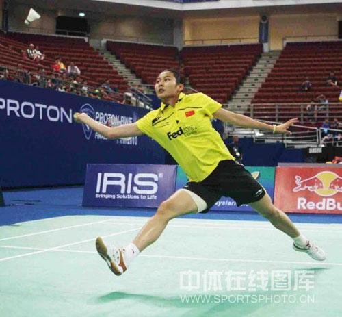 图文-尤杯决赛王仪涵0-2裴升熙对手进攻很凶猛