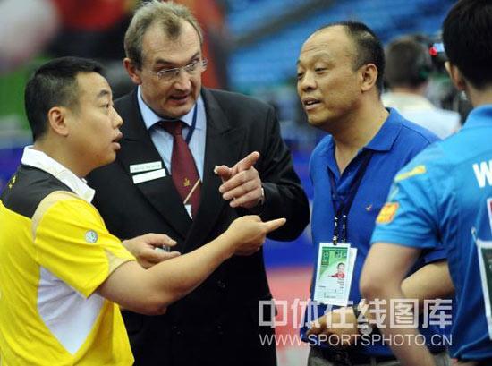 图文-世乒赛王皓球板检测不过关三方面都争执不下