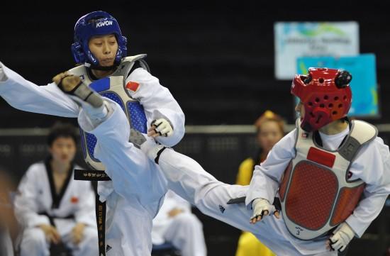 图文-跆拳道世界杯中国女队获亚军 侯玉琢闪转腾挪