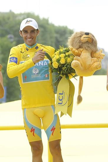 图文-环法大赛康塔德加冕三冠王小雄狮只属于冠军