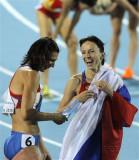 萨维诺娃庆祝胜利