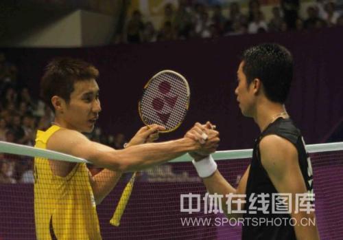 图文-羽毛球世锦赛陶菲克2-1李宗伟战争并没有结束
