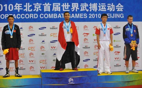图文-[武搏会]拳击比赛第二日赛况埃利瓦登颁奖台
