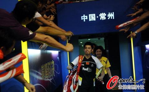图文-羽毛球大师赛男单决赛万众期待林丹万人迷