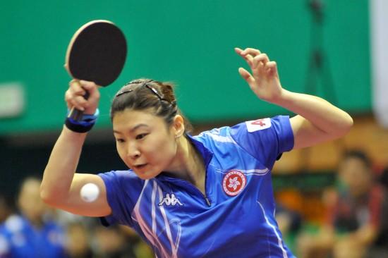 图文-女乒世界杯25日小组赛战况姜华�B注意力集中