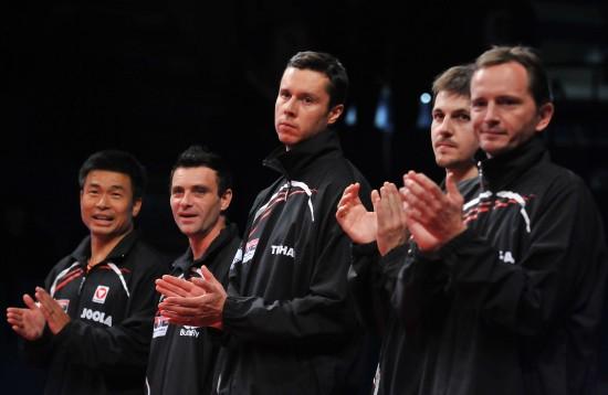 图文-欧亚对抗赛马龙赢老萨亚洲3-2欧洲代表队