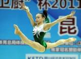 谭思欣自由体操跳跃