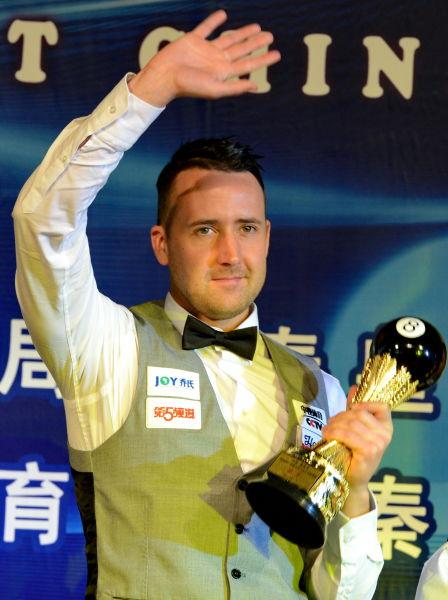 冠军选手加雷斯-波茨