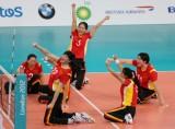 资料图-残疾人体育精神奖中国女子坐式排球队风采