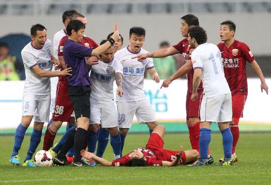 申花上港两队能否在今年与京粤竞争中脱颖而出