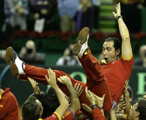 图文-戴杯西班牙连下三场成功卫冕科斯塔功不可没
