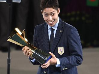 亚运会闭幕式�c野公介获MVP