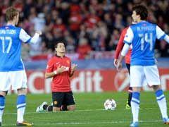 范佩西2中柱豌豆失空门 费莱尼吃红曼联0-0
