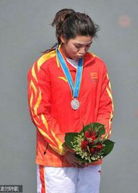 单人皮艇因抢航重赛中国选手二次比赛金牌变银