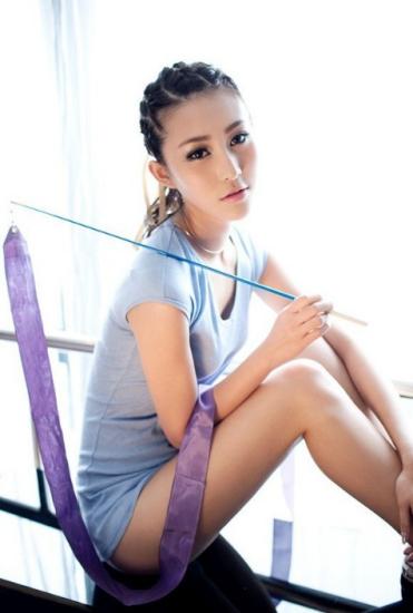 图文-亚运会美女宝贝曾暖馨化身艺术体操宝贝_综合体育_新浪竞技