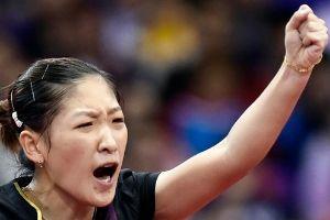 刘诗雯4-0横扫朱雨玲中国女单完成亚运五连冠