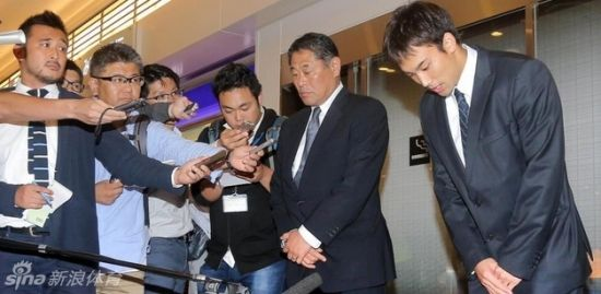 日本偷相机游泳选手被禁赛18月 遭工作单位解雇